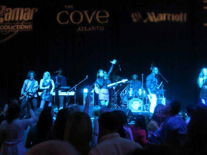 Liquid Blue Band in Bahamas at Atlantis Resort